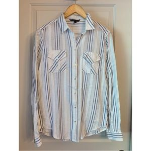 3/$25 Victoria's Secret Button Down Shirt